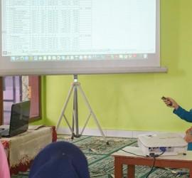 Penyampaian materi Pelatihan RAB oleh Nyai Arikhah